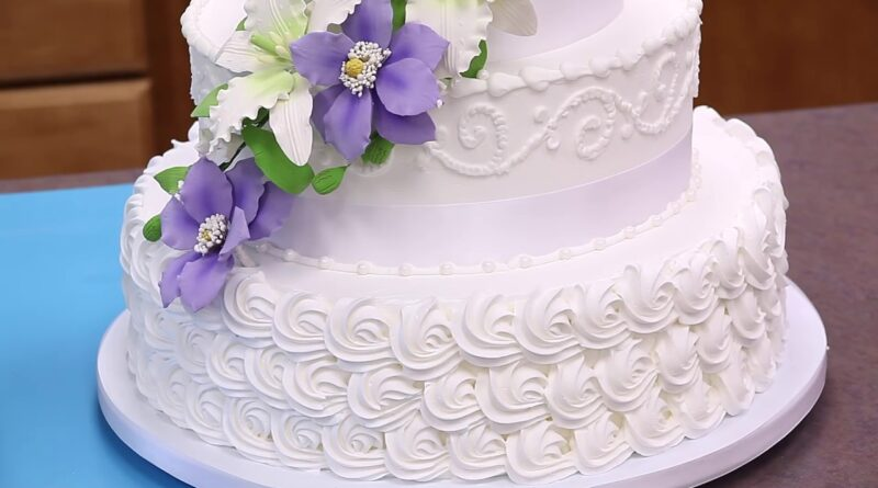 Buying Wedding Cake: Helpful Tips and Advices