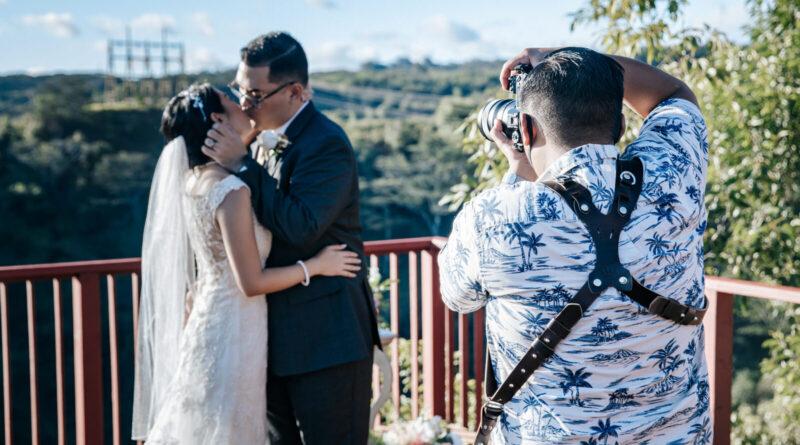 professional elopement photographer