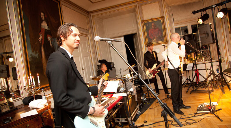 Top 3 wedding band music types
